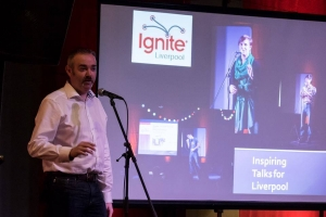 Adrian McEwen Ignite MC Photo:Richard Cooper